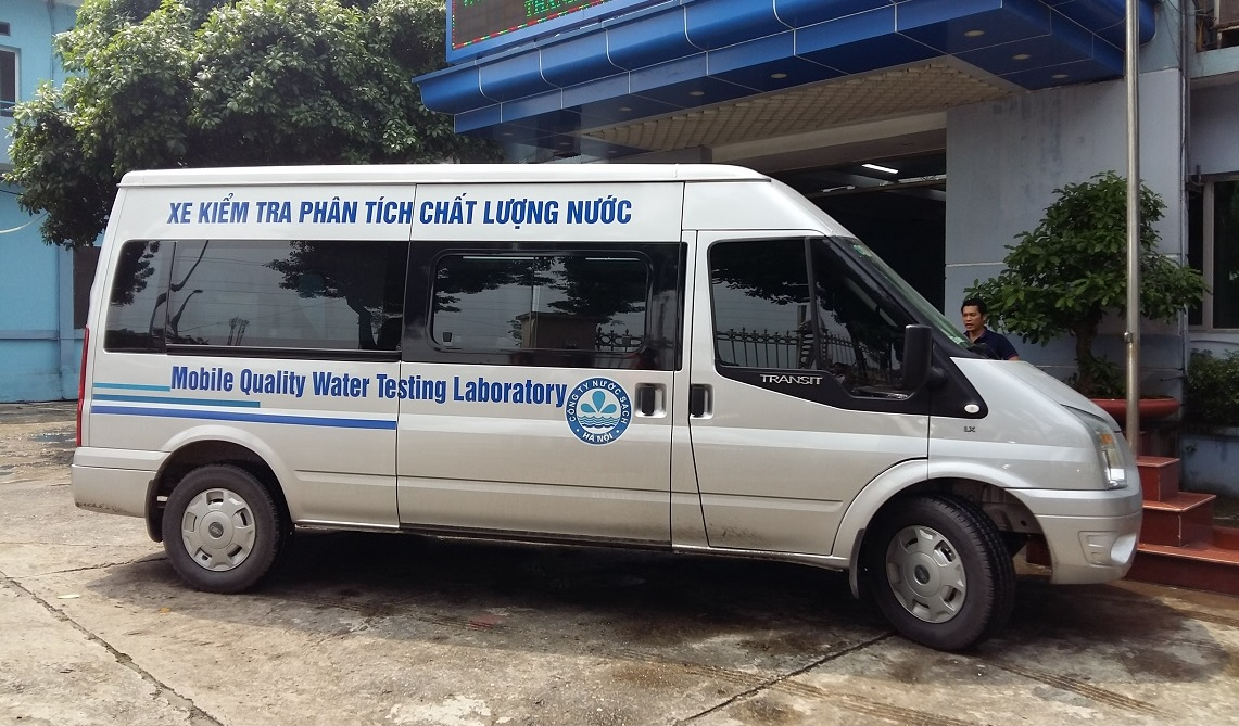 Xe ô tô kiểm tra phân tích chất lượng nước, chất lượng môi trường